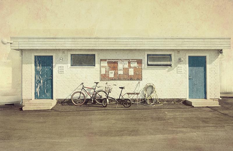 Billede af Blue Doors af Gustavo Orensztajn