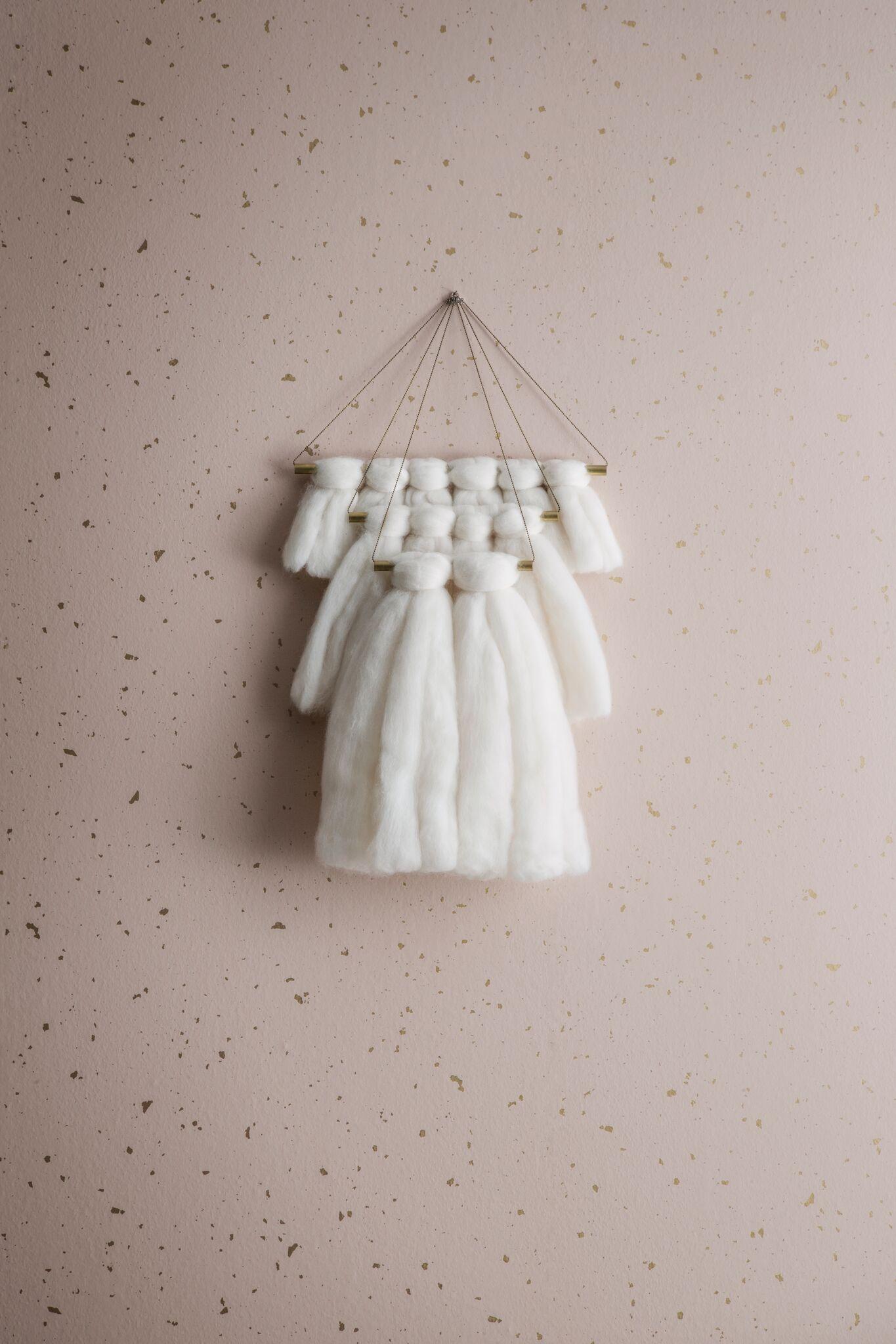 Image of   Confetti, Rose tapet af Ferm Living