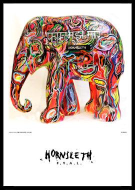 Mujhe Jaldi Mara af Hornsleth, Print i glas og ramme, 50×70 cm