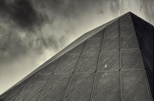 Image of   Pyramid af Gustavo Orensztajn